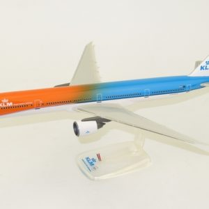 "B777-300ER (KLM ""Orange Pride"") PH-BVA (PPC 220150)"