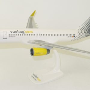 A320 (Vueling) EC-MES Official airline (PPC 220815)
