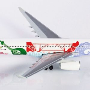 """Airbus A330-300 TAP Portugal """"Portugal Stopover"""" CS-TOW (Herpa Wings 530934)"""