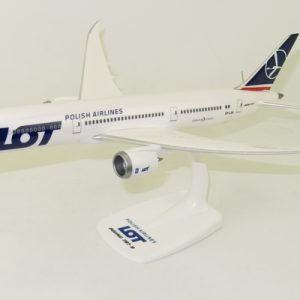 B787-9 (LOT Polish Airlines) SP-LSA Official airline promo box (PPC 221201)