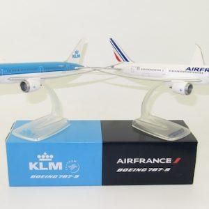 B787-9 (KLM PH-BHC / Air France F-HRBA) (PPC 220785)