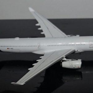 A330-300 (Lufthansa) D-AIKO (Panda Model BOX18028)