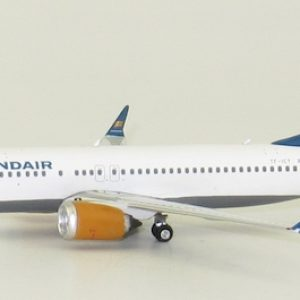 B737-8MAX (Icelandair) TF-ICY (Phoenix-models 04219)