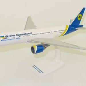 B777-200 (Ukraine International) UR-GOA (PPC 221478)