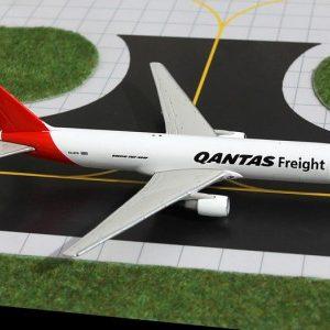 Qantas Freight Boeing 767-300F