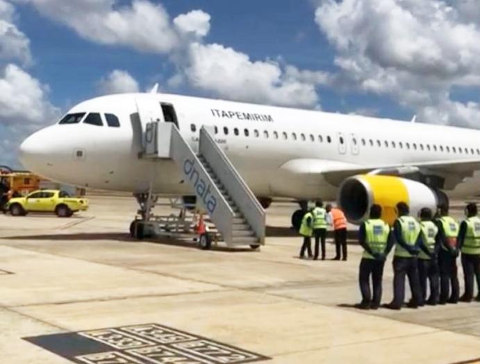 O primeiro A320 da nova companhia aérea brasileira já aterrou no Brasil