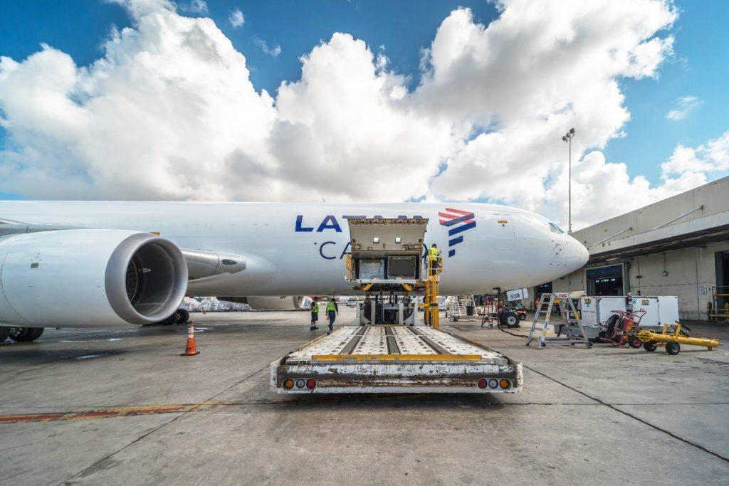 LATAM confirma expansão de frota cargueira para 21 aeronaves Boeing 767 até 2023