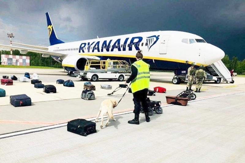 """NATO diz que desvio de avião da Ryanair pela Bielorrússia é """"incidente sério e perigoso"""""""