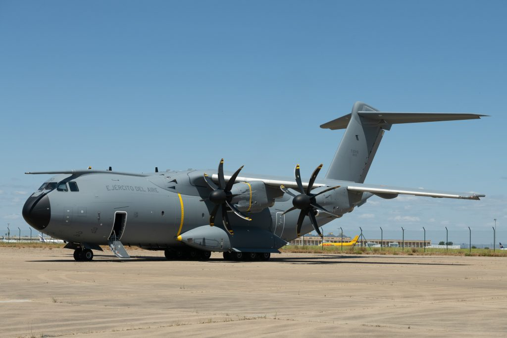 Airbus delivers the 100th A400M (video)