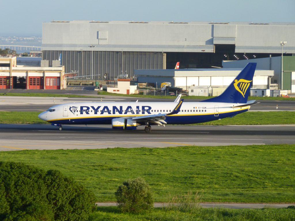 Ryanair anuncia a contratação de 2000 pilotos