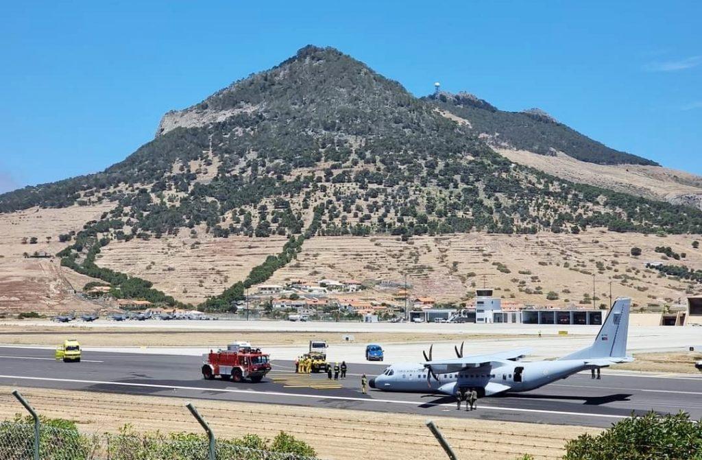 Falha no trem de aterragem obriga avião da Força Aérea a aterrar de emergência no Porto Santo