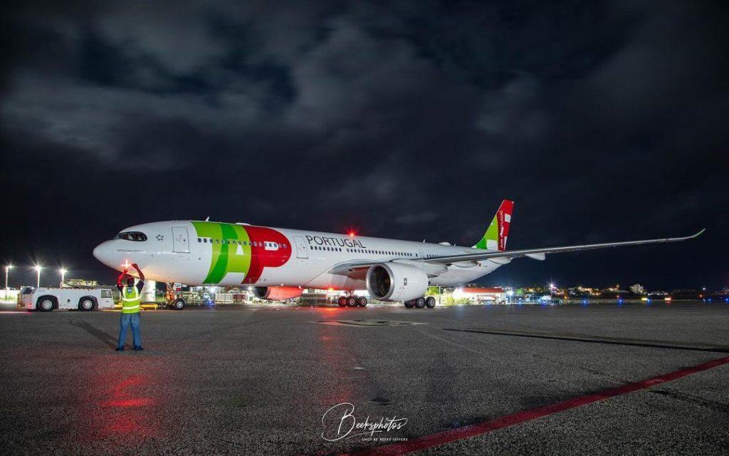 Voo charter da TAP entre St. Maarten e a cidade do Porto (com vídeo)